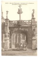 Env. LANDERNEAU -  Arc De Triomphe - Calvaire De La Martyre - Landerneau