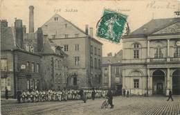 SEDAN - Place Turenne. - Sedan
