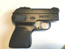 Petit Pistolet D'alarme   B.B.M  Italie Calibre 2.2 - Armes Neutralisées
