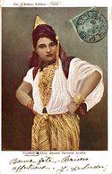 TUNISIE UNE JEUNE FEMME ARABE - Tunisia