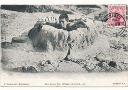 NEW ZEALAND - Whakarewarewa, The Brain Pot - Bain - Nouvelle-Zélande