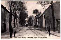 87 - B25001CPA - BELLAC - Avenue De La Gare - Arrivée Du Tram - Parfait état - HAUTE-VIENNE - Bellac