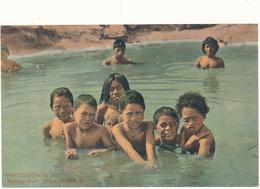 NEW ZEALAND - Whakarewarewa - Maori Children In Hot Bathing Pool - Nouvelle-Zélande