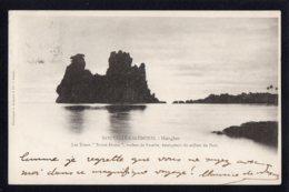 """OCEANIE - NOUVELLE CALEDONIE - Hienghen - Les Tours """"Notre Dame"""", Roches De Basalte, Emergeant Du Milieu Du Port - Nouvelle-Calédonie"""