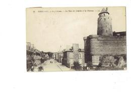 Cpa - 35 - Fougeres - Le Château - La Tour Du Gobelin Et Les Poternes - LL 18 - Travaux échafaudage - Animation - Fougeres