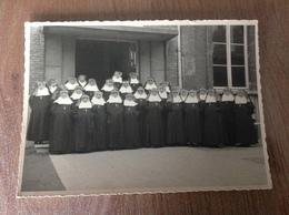 Mons Sacré Cœur ?soeur Religieuse - Photographs