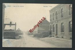 STREE. Rue De La Station. Voyagée En 1915. Feldpost.  Petite Animation.   2 Scans - Walcourt