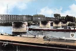"""Conflans-Sainte-Honorine - Le Pont - Péniches Nommée """"Union Normande"""" - Pub BP - Conflans Saint Honorine"""