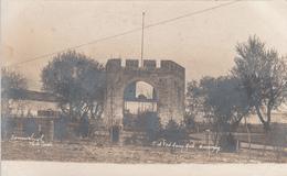 Real Photo Véritable - Old Fort Garry Gate Winnipeg Manitoba Canada - Dos Simple Back - Unused - VG Condition - 2 Scans - Winnipeg