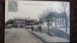 CPA BERTHECOURT OISE ROUTE DE BRESLES PETITE ANIMATION ED ESTIEUX 1906 - Francia