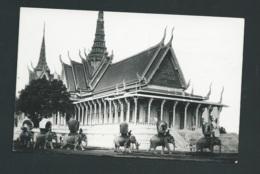 Souvenirs D'indochine - 20 - Cambodge - P.PENH - Le Palais Du Trône    Gal49 - Cambodia