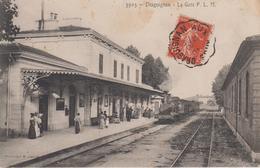 CPA Draguignan - La Gare P. L. M. (belle Animation Avec Train) - Draguignan