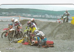 Isle Of Man, MAN 156, TT Racers 2000, Dramatic Scene (Sand Racing), 2 Scans . Mint, Card Number 0402 - Isla De Man