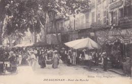 CPA (83) DRAGUIGNAN  Haut Du Marché Marchands Ambulants  (2 Scans) - Draguignan