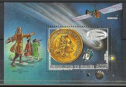 Guinée  COSMOS  YT** MNH  BF 64  Comète De Halley - Space