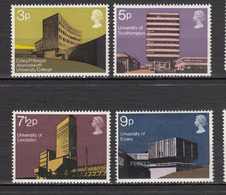 ##32, Grande-Bretagne, Great Britain, Université, University, Élizabeth II - 1952-.... (Elizabeth II)