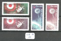 VIE N YT 321/324 En Xx - Viêt-Nam