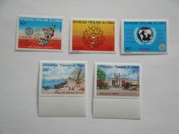 1988 Congo 834/5 + 838/0 ** MNH SIDA + Paysages Cote 4.70 € Michel 1133/4 + 1137/9  Scott 814/8 - Congo - Brazzaville