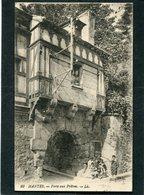 CPA - MANTES - La Porte Aux Prêtres, Animé - Mantes La Ville