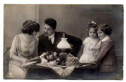 Tarjeta Postal  Familia - Matrimonios