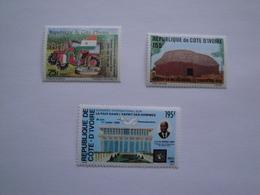 1989 Cote D'Ivoire 828/30 ** MNH  Sujets Divers Cote 5.50 € Michel 995/7 Scott 874/6 - Côte D'Ivoire (1960-...)