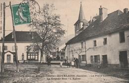 Carte Postale Ancienne Du 73 - Environs Du Lac D'Aiguebelette - NOVALAISE - La Place Centrale - La Grande Rue - L'Eglise - France