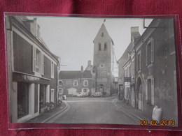 Photo De Format CP - Parcé - Tour De L'ancienne Eglise - Lieux