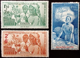 1942 Guadeloupe Yt PA1, PA2, PA3  .Indigenous Child Protection.  Airmail  Neufs Traces Charnières - Unused Stamps