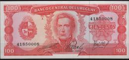 B 135 - URUGUAY Lot De 2 Billets De 20 Et 100 Pesos  état Neuf 1er Choix - Uruguay
