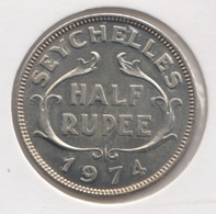 @Y@    Seychellen  1/2   Rupee  1974     Unc    (1441) - Seychelles