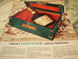 ANCIENNE PUBLICITE CADEAUX COGNAC  COURVOISIER   1966 - Alcools