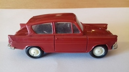 """Vintage MINIALUXE 1/43  TOYS  -  AUTO MINIATURE """" FORD ANGLIA """" - Voitures, Camions, Bus"""