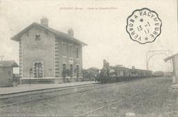 27 CPA DOUAINS Train Gare De DOUAINS BLARU - Andere Gemeenten