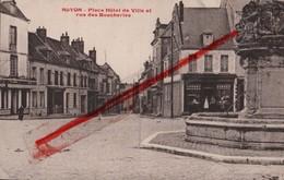 (Oise) Noyon - 60 - Place De L'Hôtel De Ville Et Rue Des Boucheries (animée) - Noyon
