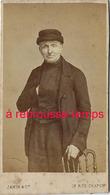 à Voir En 1870-CDV Portrait D'homme Un Peu étrange-photoJamin Et Cie Hotel Montbrison Rue Chapon à Paris - Antiche (ante 1900)