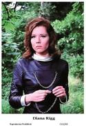DIANA RIGG - Film Star Pin Up PHOTO POSTCARD - C41-40 Swiftsure Postcard - Artistas