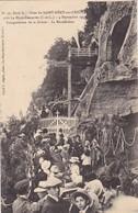 37 SAINT REMY SUR CREUSE . CPA. RARETE. FETES DU 4 SEPTEMBRE 1910. INAUGURATION DE LA GROTTE .LA BENEDICTION - France
