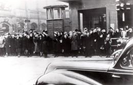 Allemagne De L'Est Berlin 5 Minutes De Silence Funerailles De Staline Ancienne Photo 1953 - Guerra, Militari