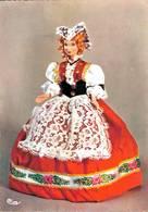 Poupée De France Costume Folklorique Suisse CPM Ou CPSM - Folklore