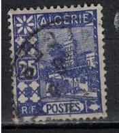 ALGERIE        N°  YVERT    136    OBLITERE       ( O   2/32 ) - Algérie (1924-1962)