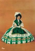 Poupée De France Costume Folklorique Artesienne  CPM Ou CPSM - Folklore