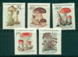 Czechoslovakia 1958 Mushrooms Funghi MUH Lot38311 - Czechoslovakia