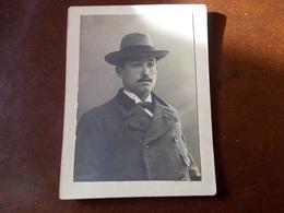 B713  Foto Cartonata Uomo Con Cappello Marchi Lodi Cm11,5x9 - Fotografia