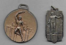 2 Médailles   - Flamme Olympique - Sports