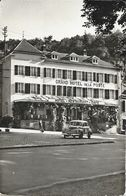 Luxembourg - Grand Hôtel De La Poste - Larochette (petite Suisse Luxembourgeoise) - Ford Taunus 1950 - Hotels & Restaurants