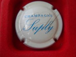 *  Capsule De Champagne  SUPLY  * - Unclassified