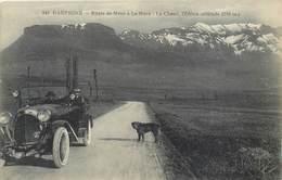 CPA 38 Isère Mens Route De Mens à La Mure Le Chatel L'Obiou Automobile Voiture Décapotable Chien Cabriolet 1929 - Mens