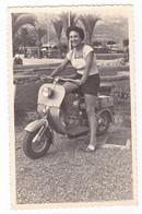 """MOTO - MOTORCYCLE - """"LAMBRETTA""""   - FOTO ORIGINALE - DONNA - Automobili"""