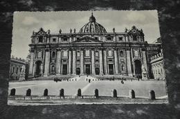5127    PIAZZA S.PIETRO, LA BASILICA - Vaticano
