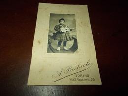 B715  Foto Cartonata Bambina Con Chitarra A.pecchioli Torino Cm11x7 Macchioline Umido - Non Classificati